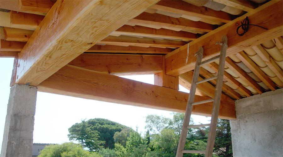 protec toiture dans le golfe de saint tropez charpentes. Black Bedroom Furniture Sets. Home Design Ideas